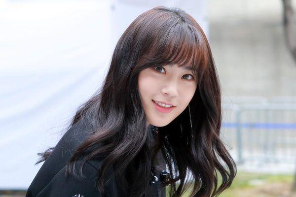 Nữ ca sĩ Hàn tiết lộ cách hẹn hò khi bị công ty ngăn cấm