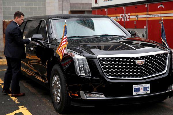 Chiếc limousine của tổng thống Mỹ nặng hơn 10 tấn