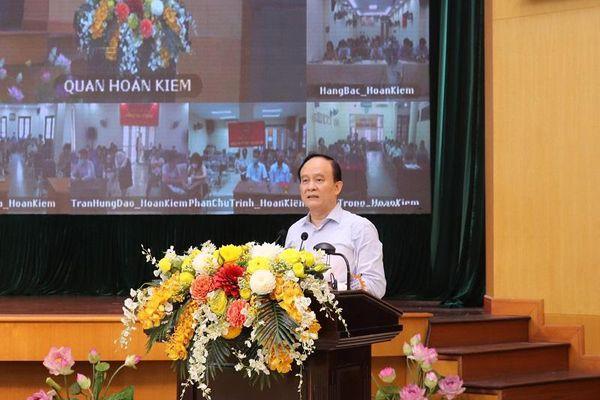 Chủ tịch HĐND TP Nguyễn Ngọc Tuấn và ứng cử viên đại biểu HĐND TP vận động bầu cử tại Hoàn Kiếm: Sẽ định lượng công việc để giải quyết có sản phẩm cụ thể