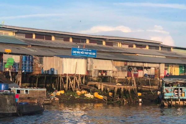 Sớm xem xét việc xả thải tại chợ đầu mối thủy hải sản thuộc Công ty TNHH Châu Việt Long