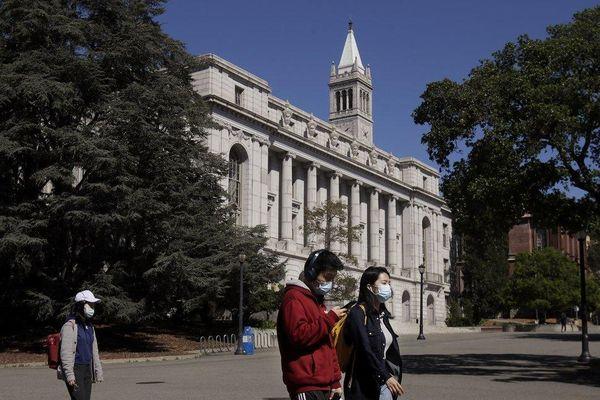 Mỹ chi 36 tỷ USD cứu trợ các trường đại học, cao đẳng