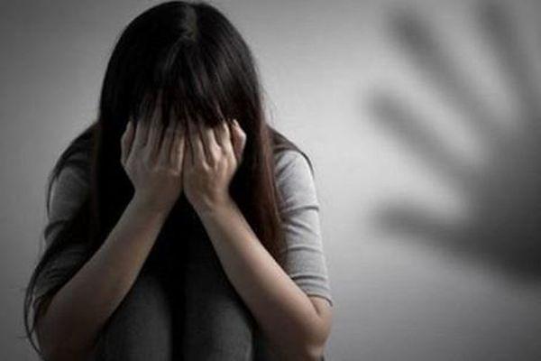 Phú Thọ: Sốc khi nữ sinh lớp 11 tố cáo cha ruột dùng bạo lực hiếp dâm nhiều lần