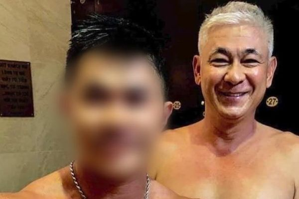 Thân hình phong độ của 'Lão Phật gia' Tùng Yuki ở tuổi U60