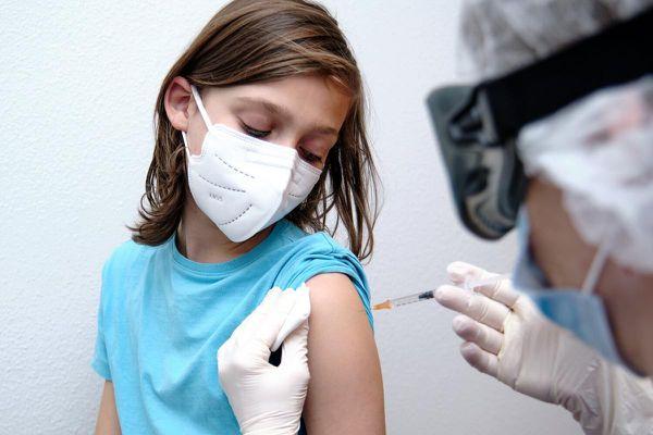 Tiêm vaccine Covid-19 cho 17 triệu trẻ em: Thách thức với chiến dịch tiêm chủng của Mỹ