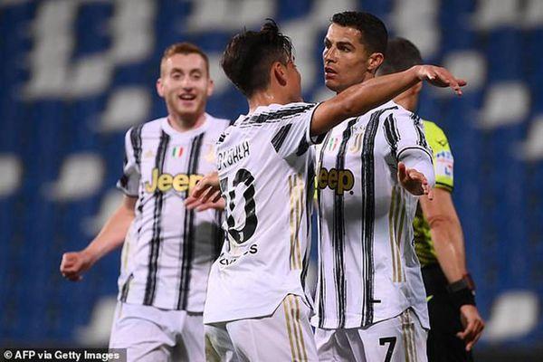 Ronaldo và Buffon cùng lập kỷ lục khó phá