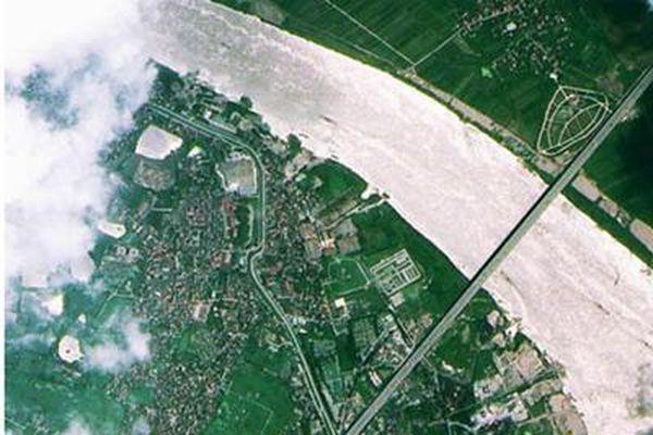 Việt Nam – Italia: Phối hợp triển khai Dự án giám sát môi trường bằng công nghệ viễn thám