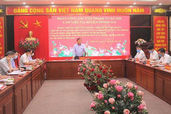 Phó Bí thư Thành ủy Nguyễn Văn Phong: Huyện Thanh Oai cần gắn trách nhiệm nêu gương của người đứng đầu trong phòng, chống dịch