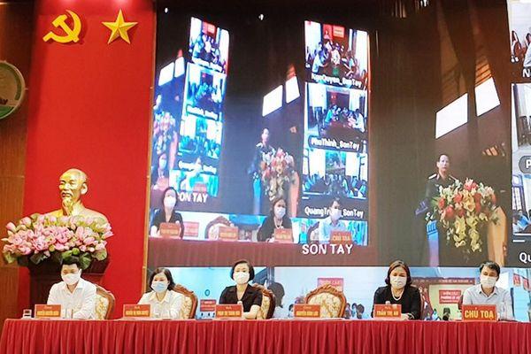 Các ứng cử viên đại biểu HĐND TP Hà Nội khóa XVI tiếp xúc cử tri thị xã Sơn Tây