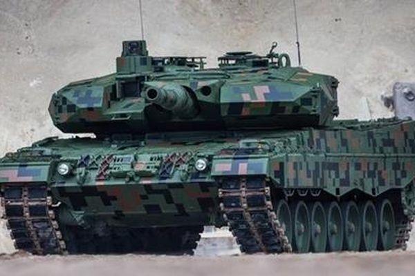 Bê bối với xe tăng 'ngăn chặn Nga' của Ba Lan