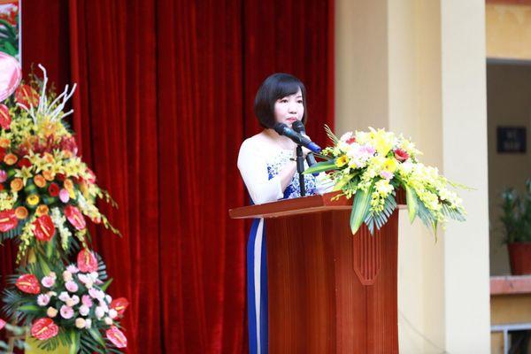 Lời cổ vũ học sinh lứa 2K3 trước kỳ thi quan trọng của cô Hiệu trưởng Hà thành