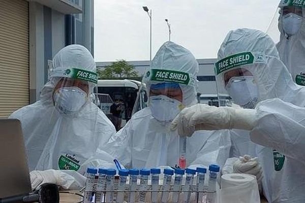 Thứ trưởng Bộ Y tế nói về khả năng xét nghiệm virus SARS-CoV-2 của Việt Nam