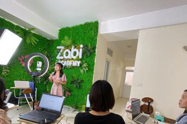 Zabi Store: Phát triển kênh mua sắm trực tuyến từ đội ngũ trẻ năng động