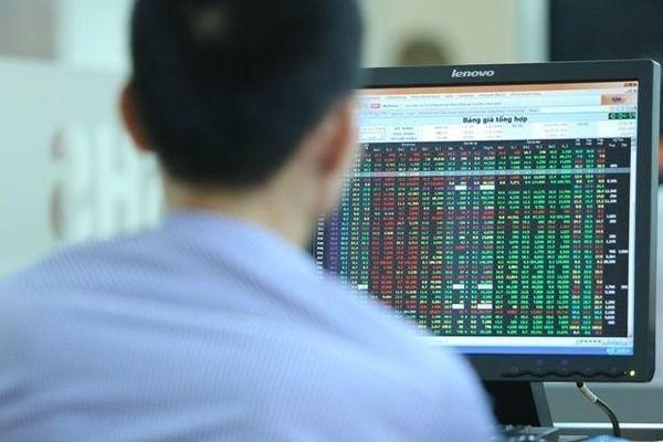 Không ít bluechip đảo chiều giảm khiến VN-Index lại về 'sắc đỏ'