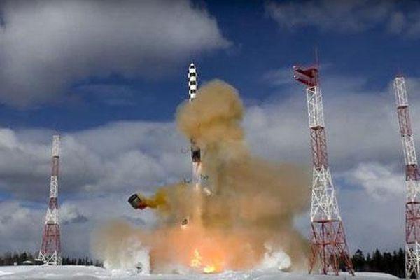 Nga lần đầu phóng Sarmat hết tầm