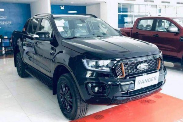 Khan hàng, Ford Ranger vẫn bán gần 1.500 xe trong tháng