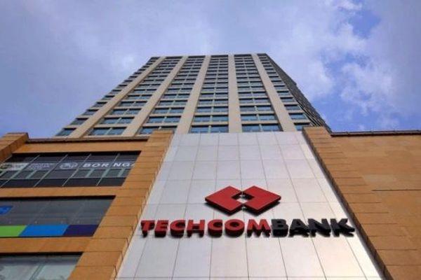 Điều gì khiến vốn hóa Techcombank vượt BIDV, VietinBank, chỉ còn kém Vietcombank?