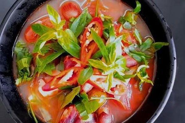 95% chị em chắc chắn chưa biết chúng ta có thể nấu canh chua siêu ngon với một loại nguyên liệu rẻ và phổ biến nhất Việt Nam này!