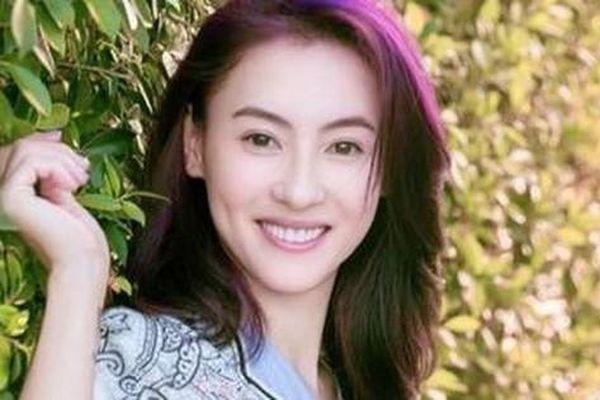 Trương Bá Chi lần đầu nói về việc tái hôn ở tuổi 40 sau 10 năm bị Tạ Đình Phong ruồng bỏ để chạy theo 'tình già' Vương Phi