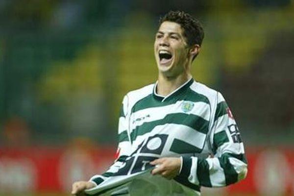 Nghe lời mẹ, Cristiano Ronaldo chọn bến đỗ không ngờ