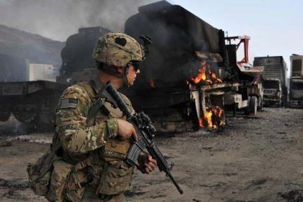 Mỹ chạy khỏi Afghanistan nhưng vẫn cố áp sát Nga
