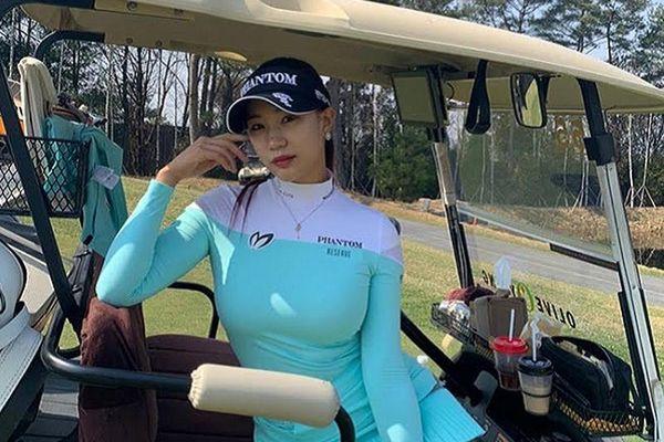 Nữ golf thủ Hàn Quốc bị châm chọc vì vòng một quá 'khủng'