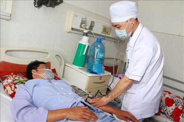 Cứu sống nạn nhân ngưng tim ngoại viện do điện giật