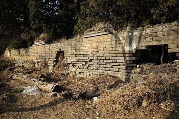 Bí ẩn ngôi mộ cổ 500 năm không ai dám động tới vì một lời nguyền 'lạnh gáy'