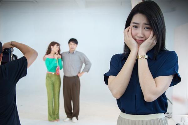 Bi hài Cây Táo Nở Hoa: Thúy Ngân bị Nhã Phương đánh te tua, suýt phải đội tóc giả