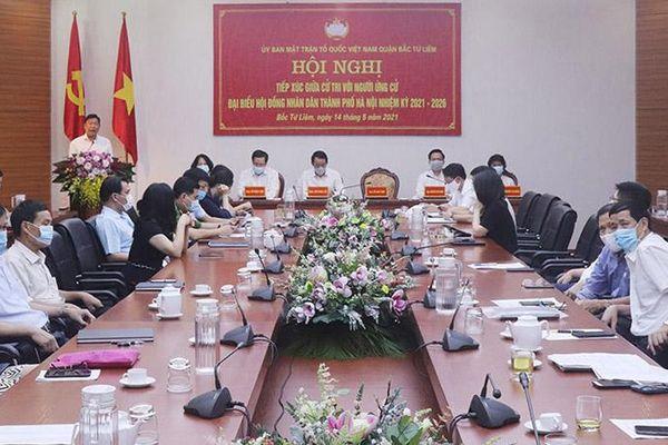 Người ứng cử đại biểu HĐND thành phố Hà Nội tiếp xúc cử tri quận Bắc Từ Liêm