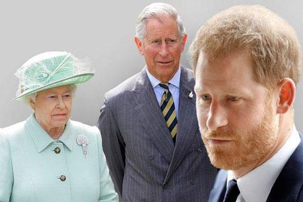Đâm 'nhát dao chí mạng' vào Hoàng gia Anh, Harry xấu hổ nhận về muôn vàn chỉ trích, Meghan lại bị cho là đứng sau 'giật dây'