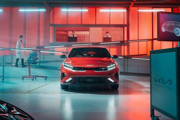 Kia Cerato 2022 chốt giá gần 500 triệu đồng
