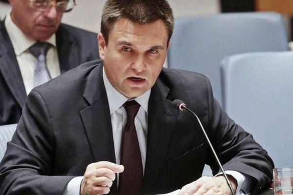 Báo Nga: Kiev sợ hãi những tuyên bố của ông Putin về 'Ukraine đối cực Nga'