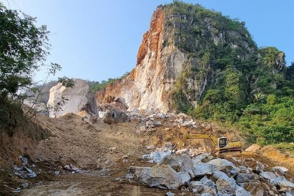 Thái Nguyên: Yêu cầu mỏ đá dừng khai thác để xử lý sạt lở