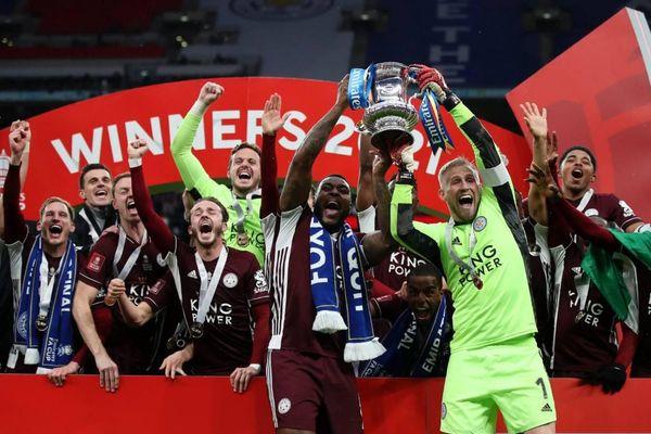 Leicester City lần đầu tiên vô địch FA Cup