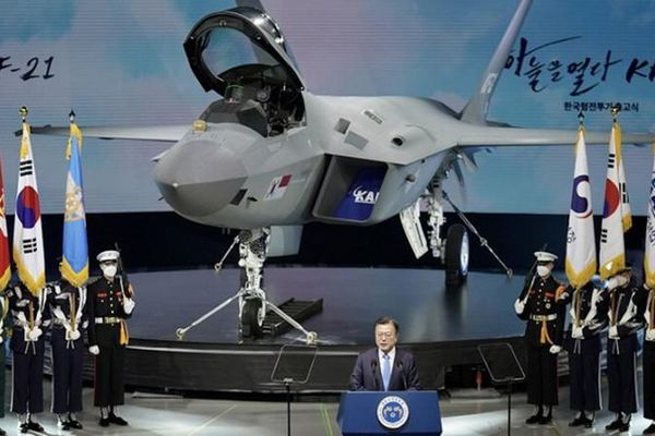 Hàn Quốc tham vọng gì từ chương trình tiêm kích tàng hình KF-21