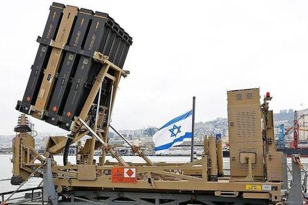 Hệ thống đánh chặn Vòm Sắt của Israel