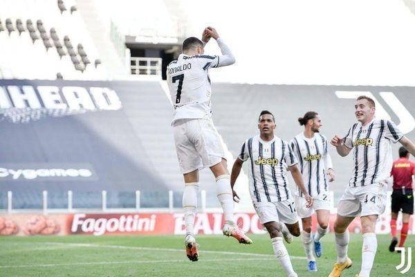 Ronaldo khơi mào, Juventus thắng Inter siêu kịch tính