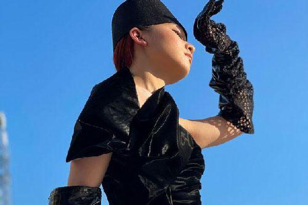 Học trò cưng của Xuân Lan - người mẫu Trà Giang khoe thần thái cực đỉnh trong bộ ảnh đường phố