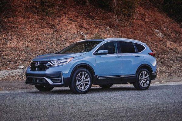 Honda CR-V bỏ xa Toyota Corolla về doanh số