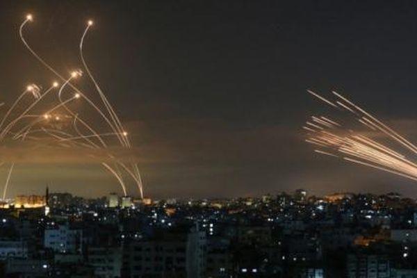 Vòm sắt 'chọi' hỏa tiễn, Israel vẫn tự tin dù Hamas còn giấu bài