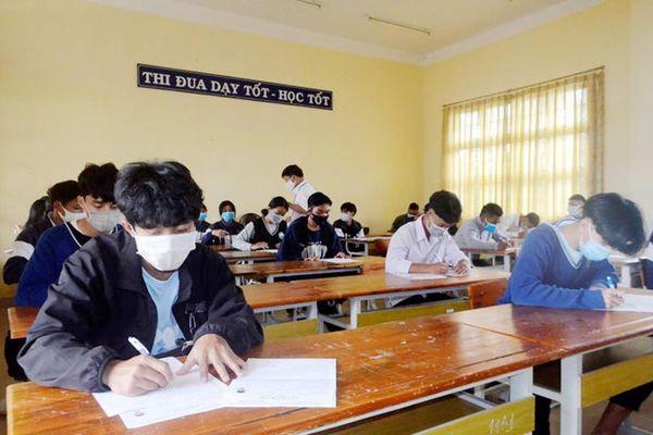 Lâm Đồng cho phép học sinh tiếp tục thi học kỳ trong ba ngày