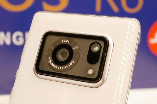 Smartphone chống nước, chip S888, RAM 12 GB, màn hình 240Hz, độ sáng 2.000 nit