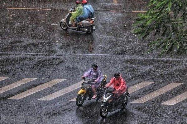 Miền Bắc sắp đón 'mưa vàng' sau nhiều ngày nắng nóng