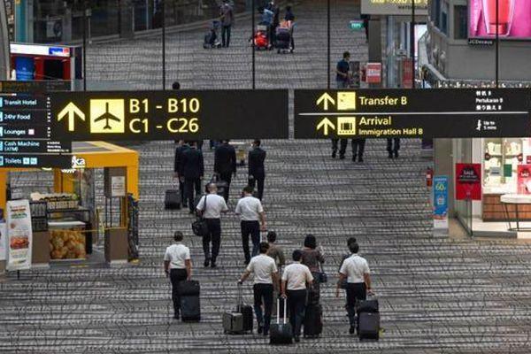 'Bong bóng du lịch' Singapore - Hồng Kông lại 'bể' vì Covid bùng phát