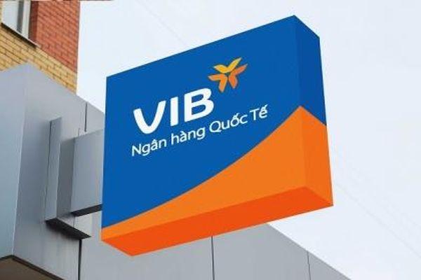 Người thân lãnh đạo VIB hối hả bán cổ phiếu khi giá tăng mạnh