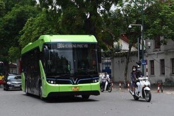 Chạy thử nghiệm xe buýt điện thông minh tại một số tuyến nội đô Hà Nội