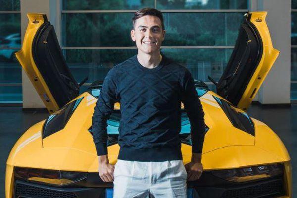 Dybala mua siêu xe