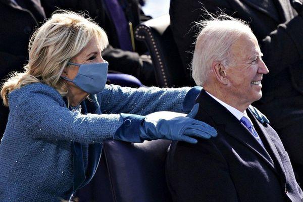Nhà Trắng công bố thu nhập của ông Biden