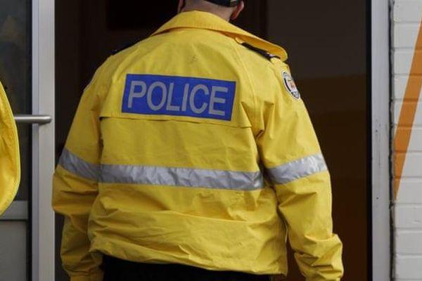 Đổ bể cuộc điều tra sòng bạc ngầm vì cảnh sát bị tố đánh cắp đồng hồ