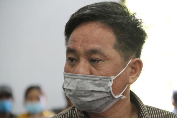 Xuất hiện nhân chứng mới, tòa hoãn xét xử cựu bí thư giết em họ